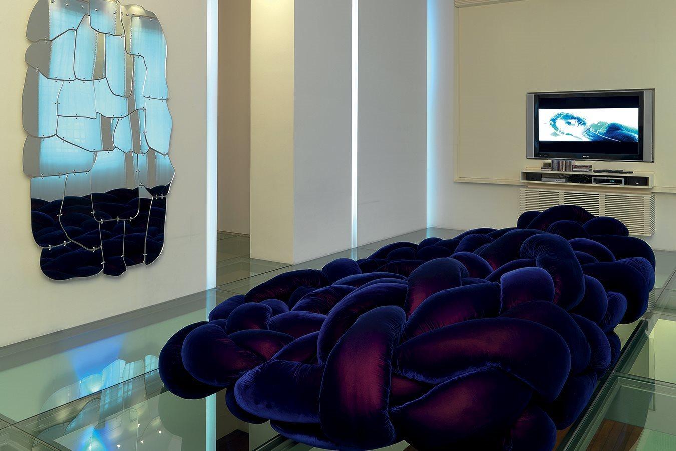 أريكة عصرية غريبة 10 الراحة والعصرية في تصميمات أرائك غريبة وغير تقليدية
