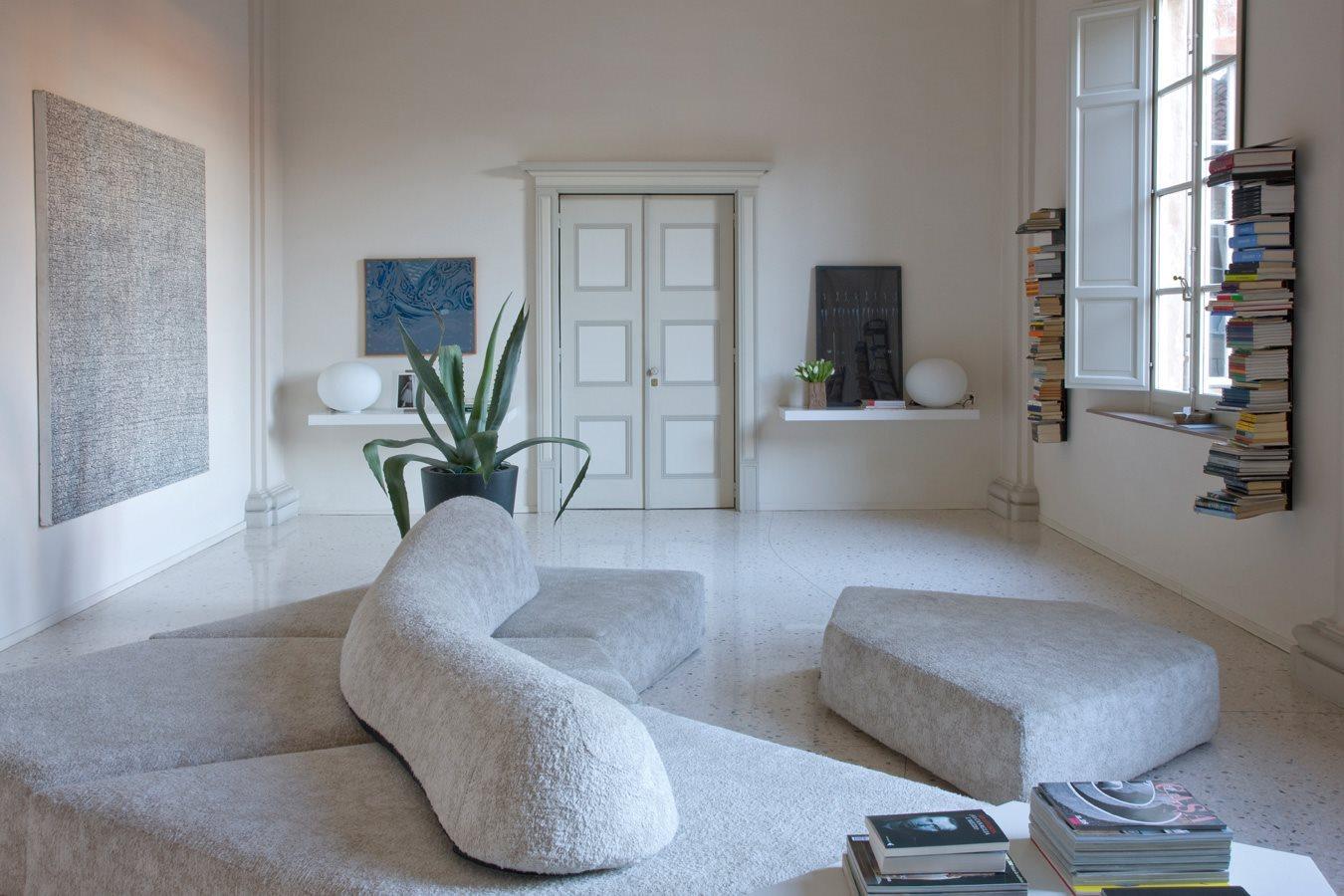 أريكة عصرية غريبة 7 الراحة والعصرية في تصميمات أرائك غريبة وغير تقليدية