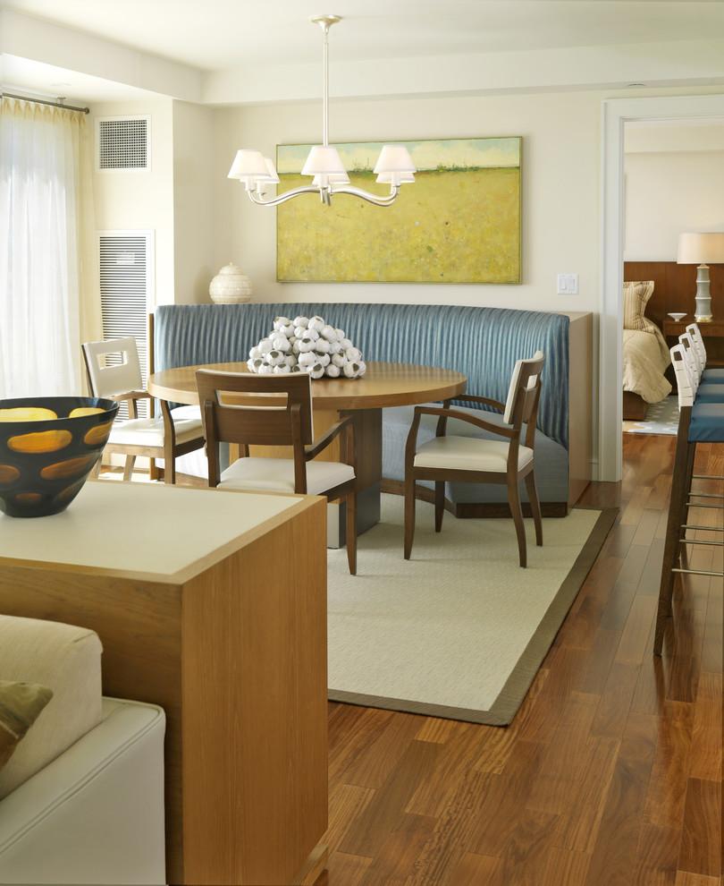 أريكة غرفة طعام دائرية 1 الأريكة في غرفة السفرة.. لمحبي الراحة والتميز