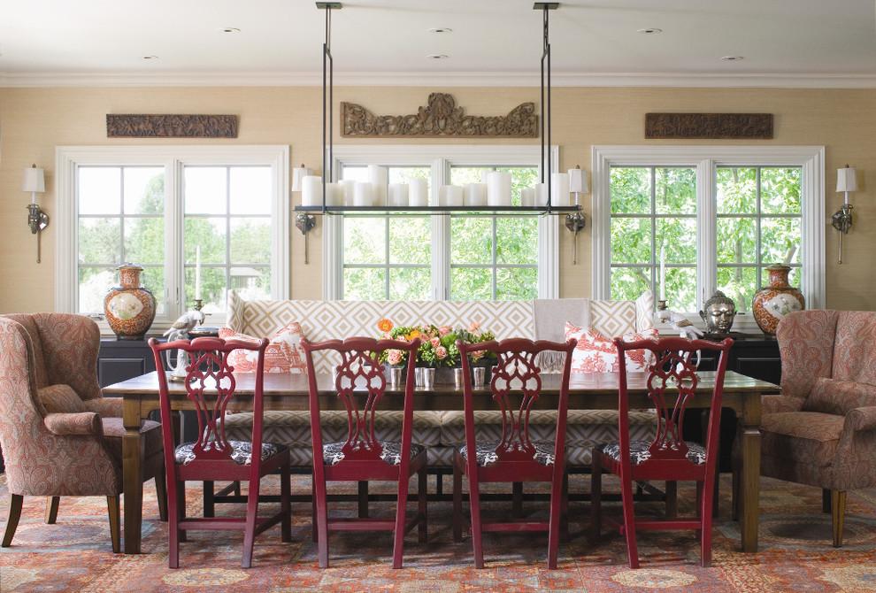 أريكة غرفة طعام منقوشة 1 الأريكة في غرفة السفرة.. لمحبي الراحة والتميز
