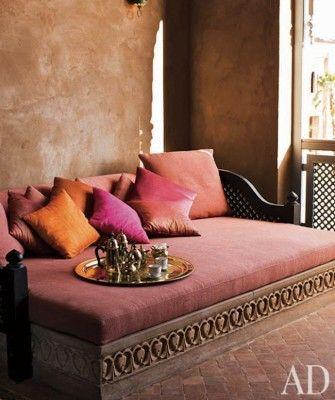 أريكة 1 ديكورات عربية في غاية الفخامة لمنزلك
