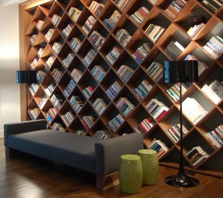 ترتيب-الكتب-في-المكتبة