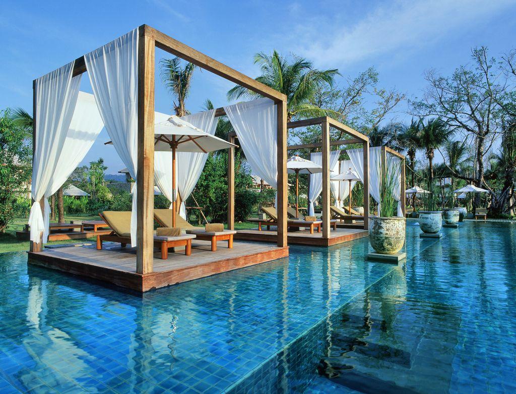 تصميم حمام سباحة في المنزل حمام السباحة في المنزل... ضرورة أم رفاهية؟