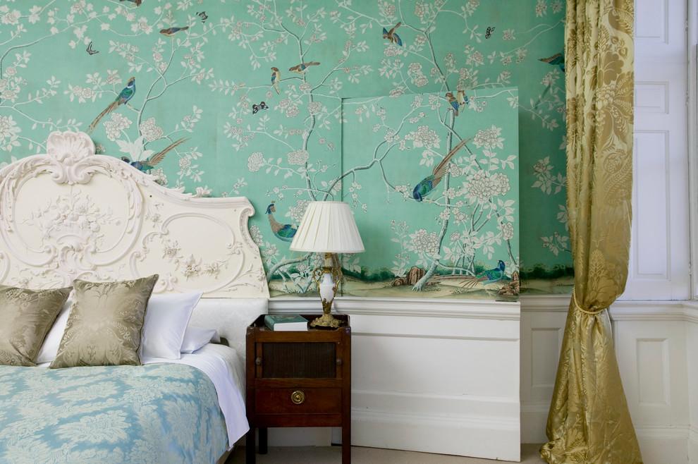 حائط غرفة نوم مزخرف بالزهور كيف تحولين حوائط منزلك للوحات فنية مبهرة؟