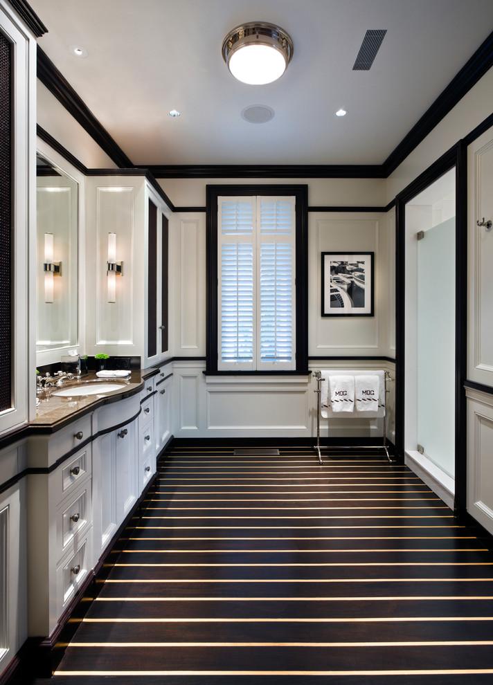 حمام أبيض و أسود 4 الأبيض والأسود.. أناقة وتميز في حمامك