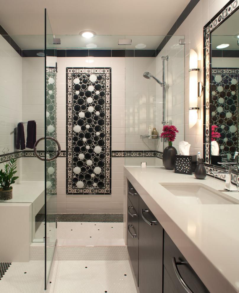 حمام أبيض و أسود 9 الأبيض والأسود.. أناقة وتميز في حمامك