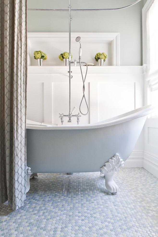 حمام أنيق وفخم 10 حققي الفخامة والرقي في الحمام مع أحواض الاستحمام الكلاسيكية