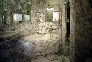 فخامة وروعة الرخام في تصميمات 15 حمام رائع