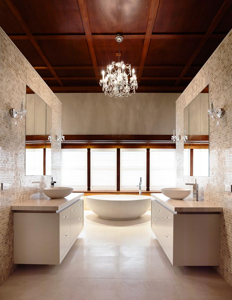 حمام عصري بتفاصيل كلاسيك 8 حمام عصري بتفاصيل كلاسيك 8