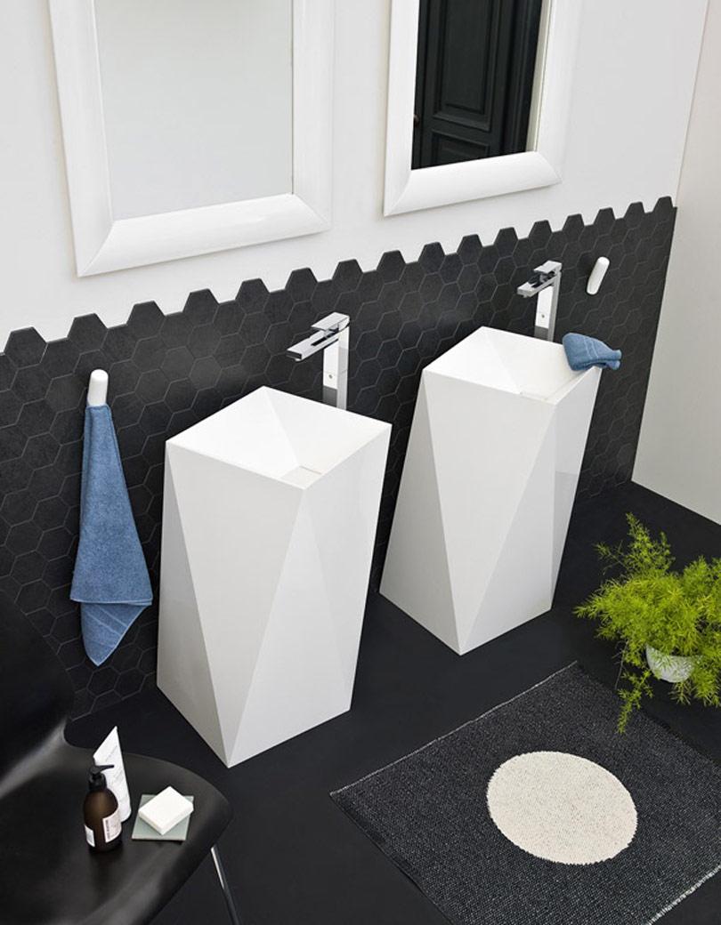 حمام غير تقليدي 9 حمامات إيطالية بتصميمات غير تقليدية