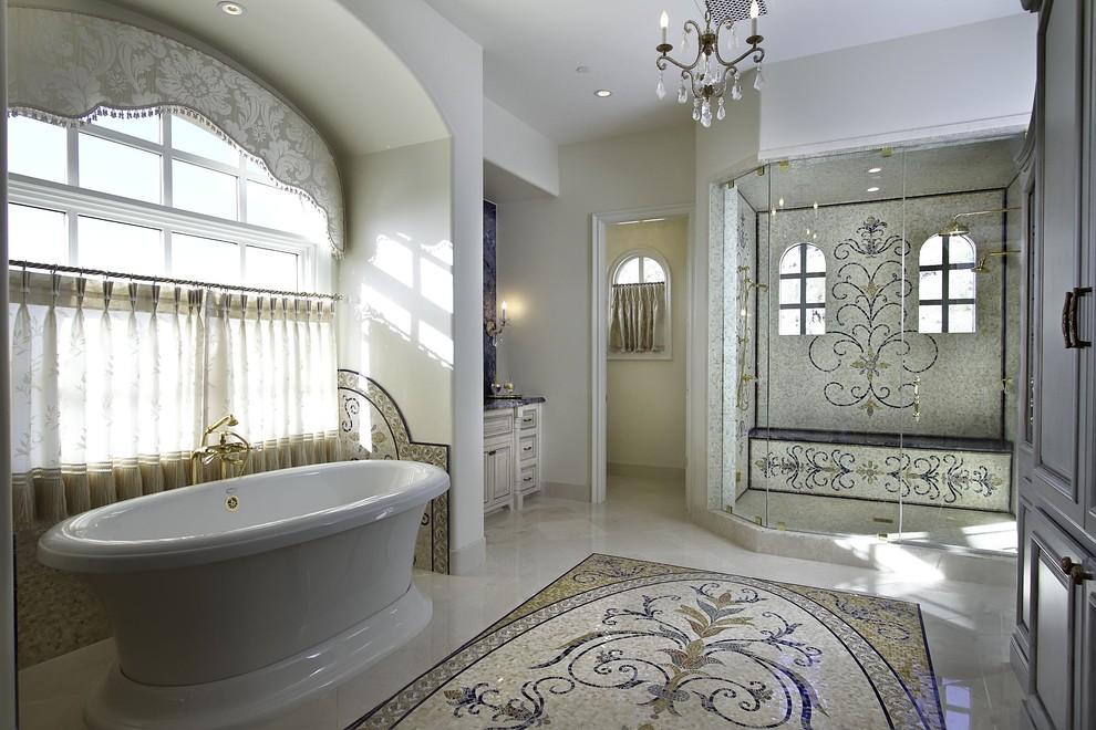 حمام موزاييك 2 الموزاييك.. فخامة وروعة في حمامك