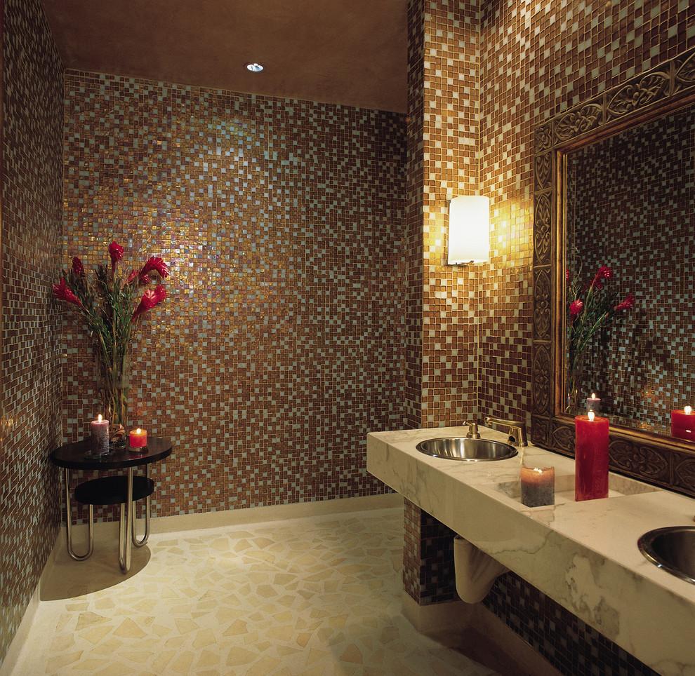حمام موزاييك 5 الموزاييك.. فخامة وروعة في حمامك