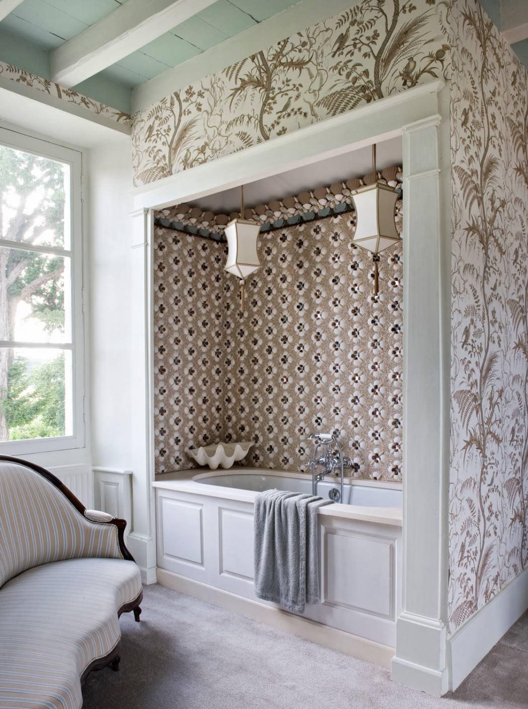 حوض استحمام بديكورات من الطبيعة 1 منزل متميز بديكورات مستوحاة من الطبيعة وأعماق البحار