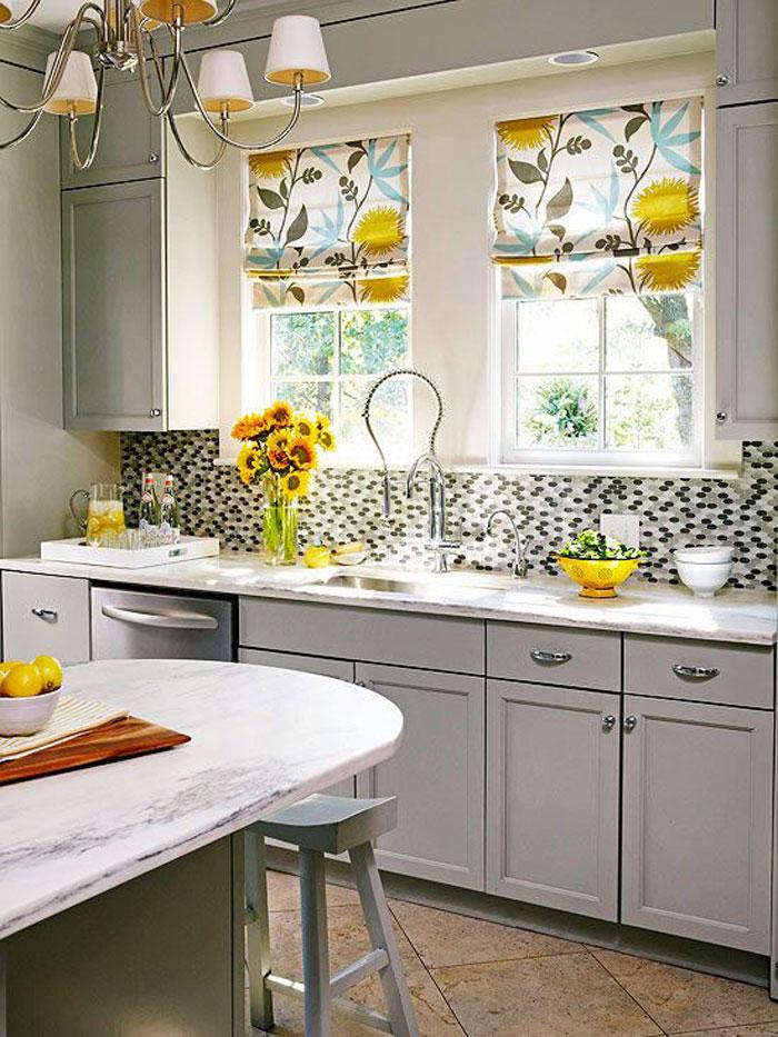 ستائر مطبخ ملونة 2 أضيفي الحيوية الى تصميم المطبخ بطرق مبتكرة