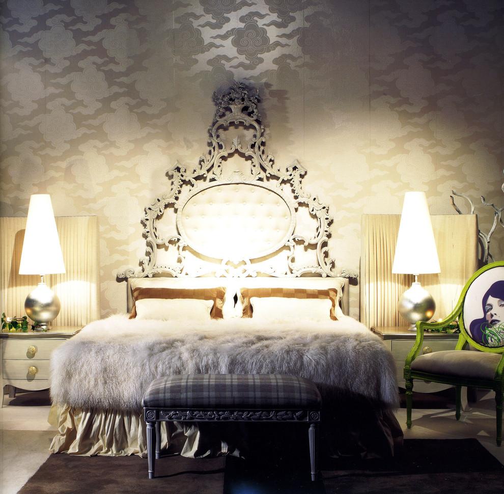 سرير فخم بظهر عالي السرير ذو الظهر العالي: لمسة أناقة وفخامة في غرفة النوم