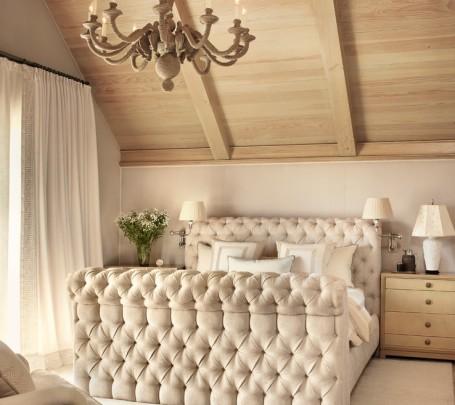 سرير مبطن 2