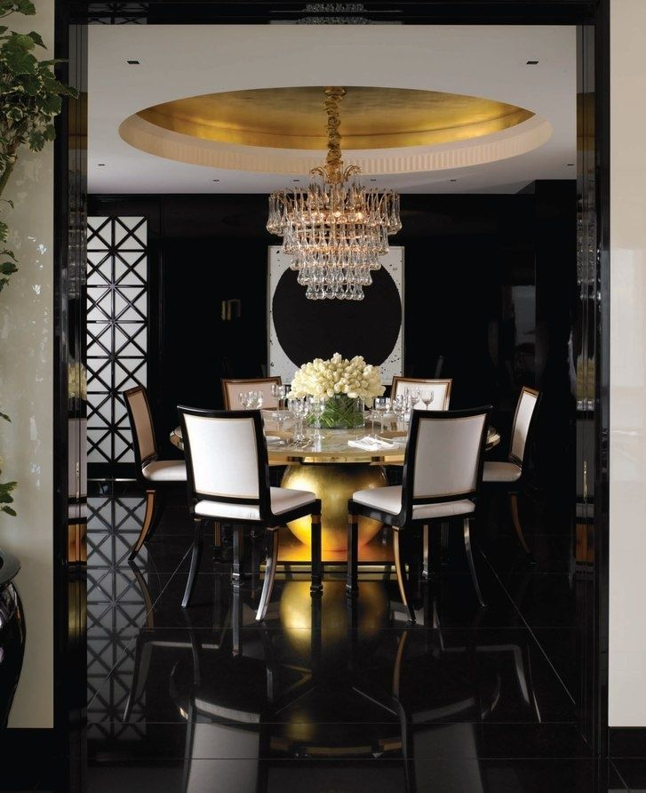 سقف مزين باللون الذهبي الأسقف الجبسية المزخرفة.. مزيد من الروعة والإبهار في منزلك