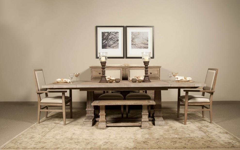 طاولة أنيقة قابلة للطي 1 السفرة القابلة للطي: الحل العملي للبيت العصري