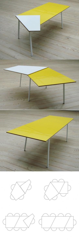 طاولة حديثة قابلة للطي 2 487x1500 السفرة القابلة للطي: الحل العملي للبيت العصري