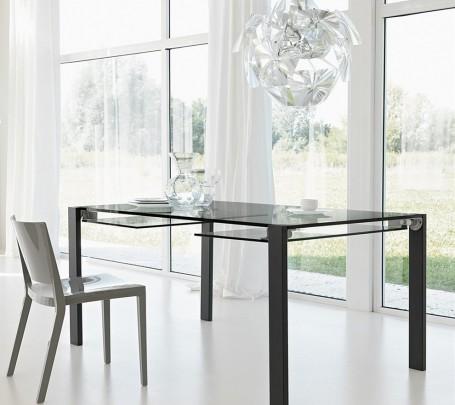 طاولة زجاجية قابلة للطي