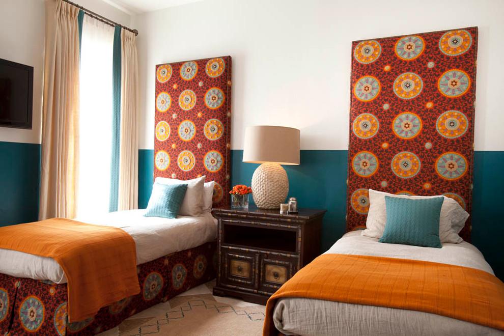 غرفة الضيوف سحر الشرق وحداثة المودرن في منزل واحد