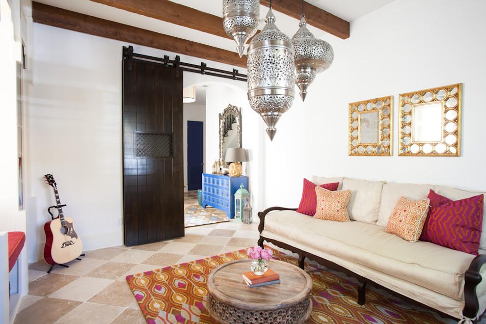 غرفة المكتب 2 سحر الشرق وحداثة المودرن في منزل واحد