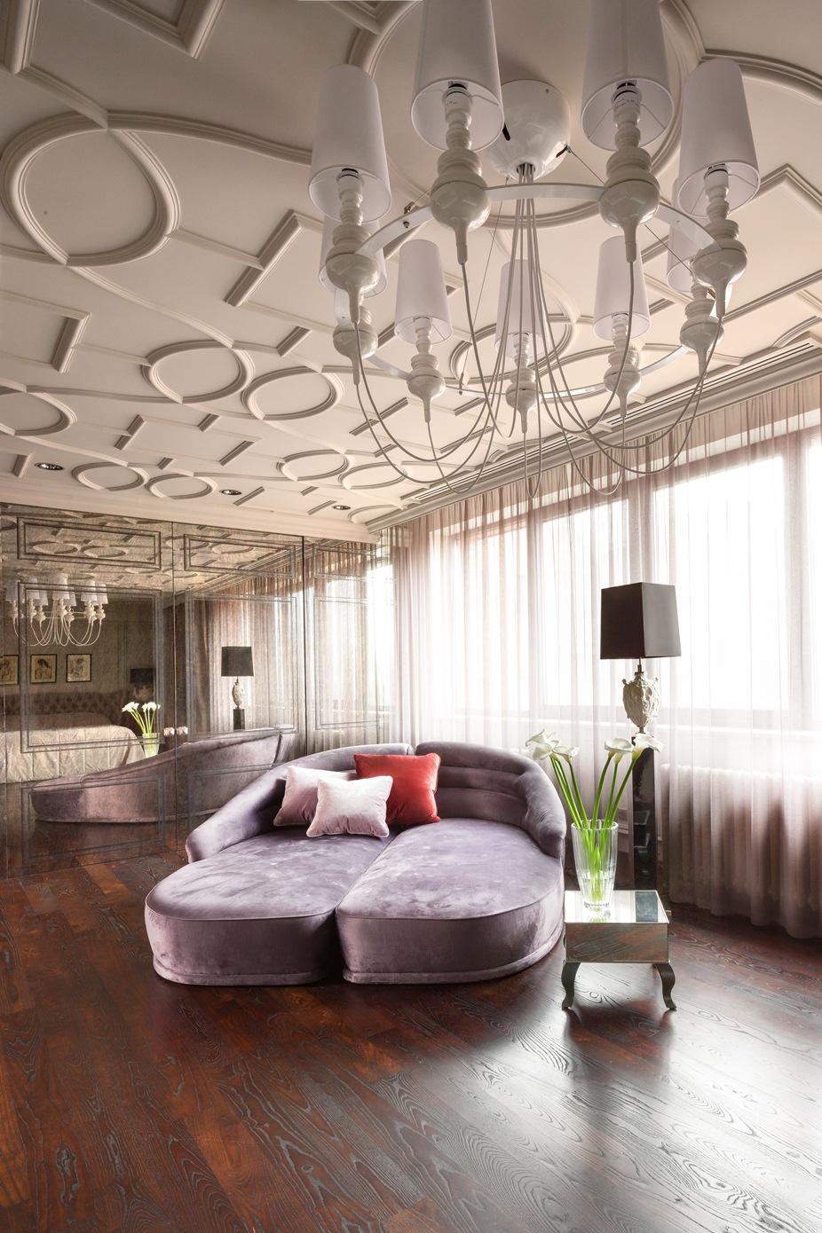 غرفة النوم الرئيسية 2 منزل فخم يجمع الديكور الكلاسيك والمودرن بشكل فني رائع