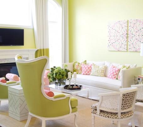غرفة جلوس مشرقة الألوان 6
