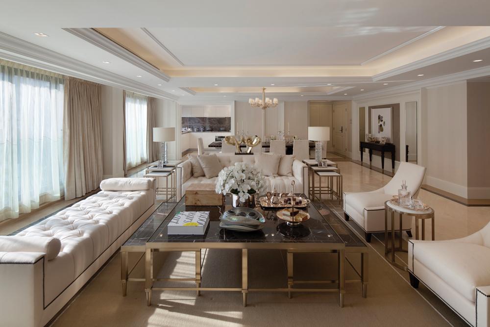 غرفة جلوس مودرن بتفاصيل كلاسيكية 6 غرف معيشة أنيقة تجمع عصرية المودرن وفخامة الكلاسيك