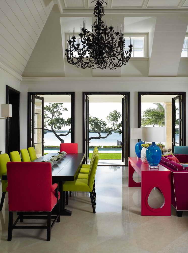 غرفة سفرة بألوان متعددة غرف طعام فريدة لمنزل عصري جدًا