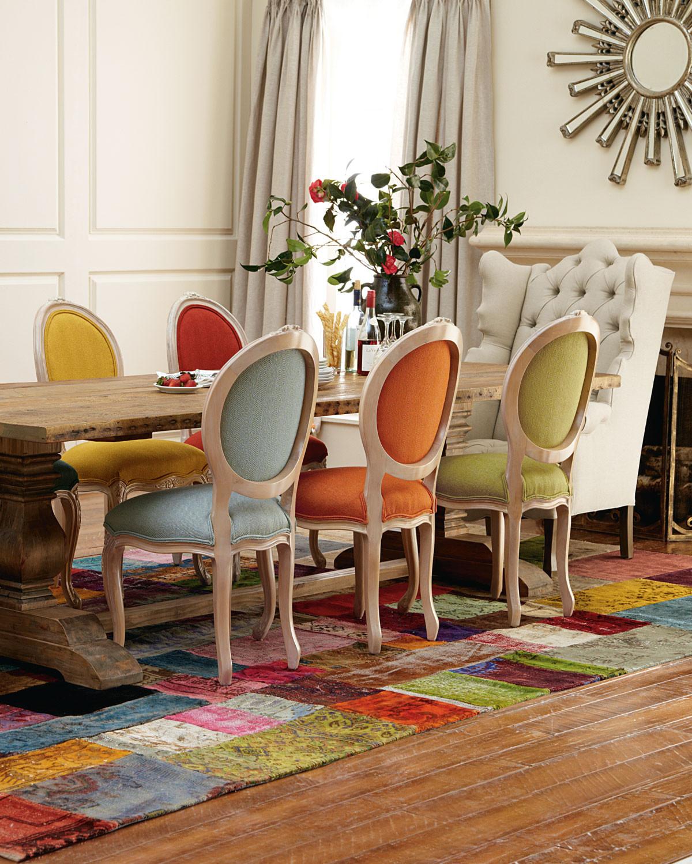 غرفة سفرة بكراسي مختلفة 1 1200x1500 كيف تستخدمين الكراسي المختلفة لتصميم غرفة سفرة مميزة وأنيقة