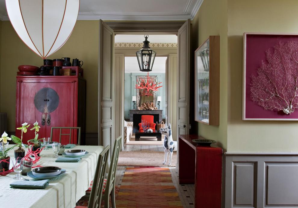 غرفة طعام بديكورات من الطبيعة 1 منزل متميز بديكورات مستوحاة من الطبيعة وأعماق البحار