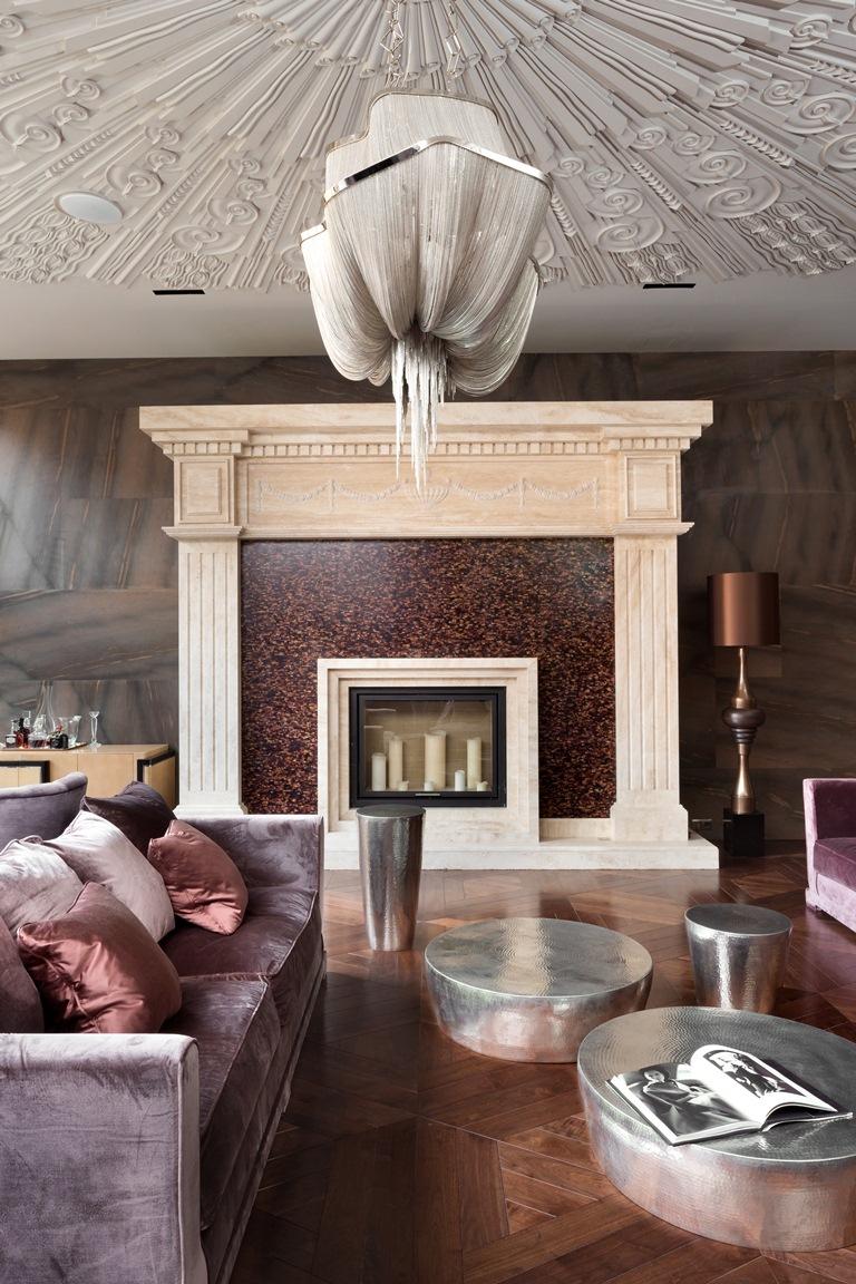 غرفة معيشة فخمة 3 منزل فخم يجمع الديكور الكلاسيك والمودرن بشكل فني رائع