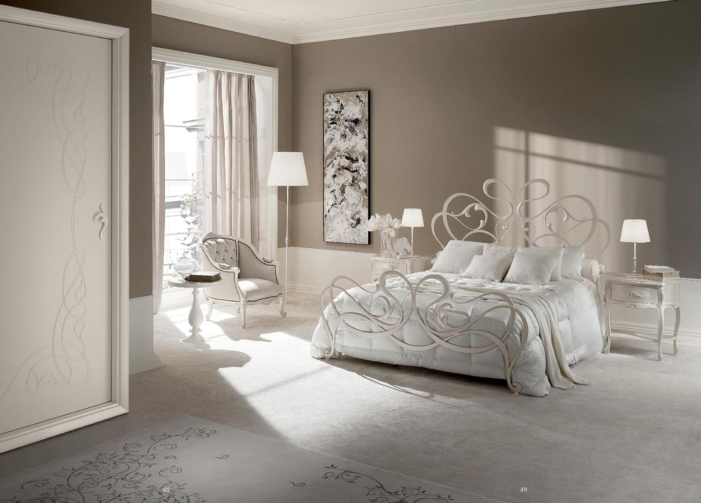 غرفة نوم إيطالية رائعة 1 1500x1077 غرف نوم إيطالية تجمع الرومانسية والابتكار في جمال خيالي