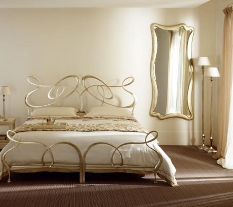 غرف نوم إيطالية تجمع الرومانسية والابتكار في جمال خيالي