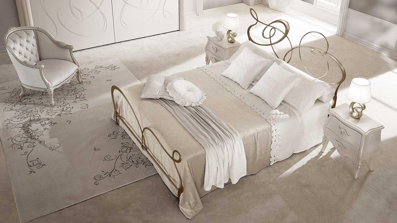 غرفة نوم إيطالية رائعة 4 1500x840 غرف نوم إيطالية تجمع الرومانسية والابتكار في جمال خيالي