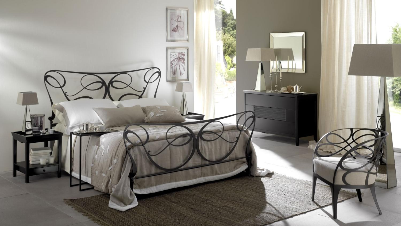 غرفة نوم إيطالية رائعة 7 1500x844 غرف نوم إيطالية تجمع الرومانسية والابتكار في جمال خيالي