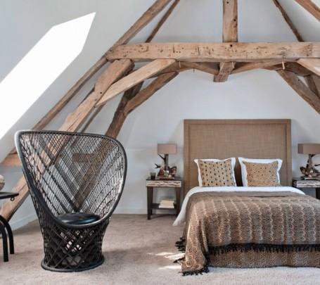غرفة نوم بديكورات طبيعية