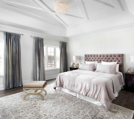غرفة نوم رئيسية أنيقة