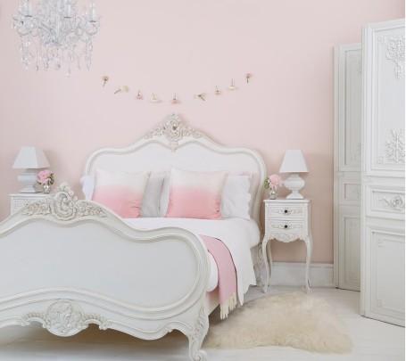 غرفة نوم رومانسية 1