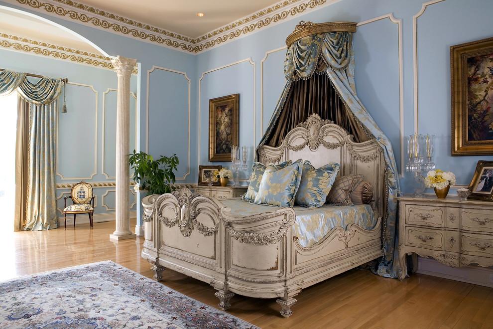 غرفة نوم كلاسيكية فخمة 1 تصميمات غرف نوم مبهرة تليق بالقصور