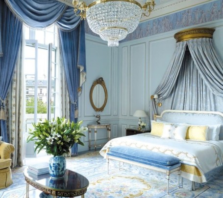 غرفة نوم كلاسيكية فخمة 2