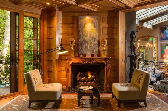 مدفأة شاهدي أناقة منزل النجمة جينيفر لوبيز (Jennifer Lopez)