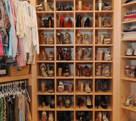 مساحة تخزين أحذية  1