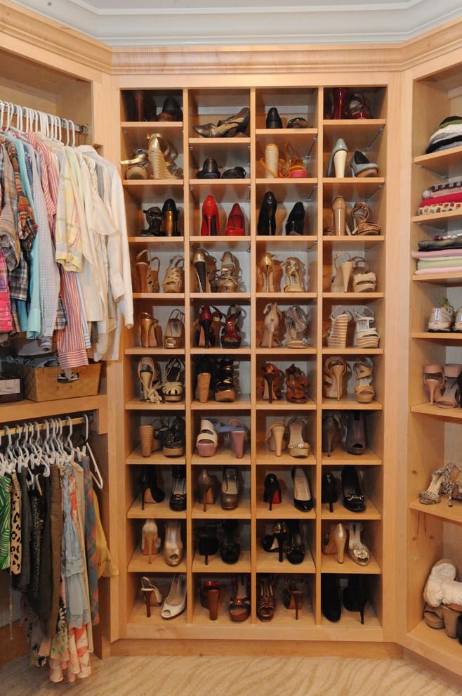 مساحة تخزين أحذية 1 7 أفكار ممتازة  لخزانة ملابس منظمة دائمًا