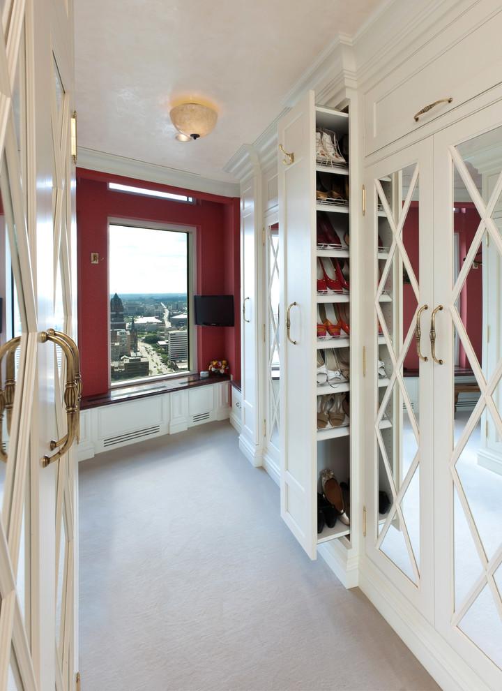 مساحة تخزين أحذية 2 7 أفكار ممتازة  لخزانة ملابس منظمة دائمًا