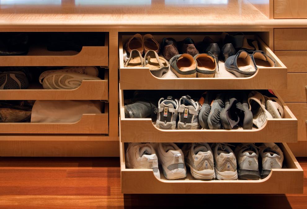 مساحة تخزين أحذية 3 7 أفكار ممتازة  لخزانة ملابس منظمة دائمًا
