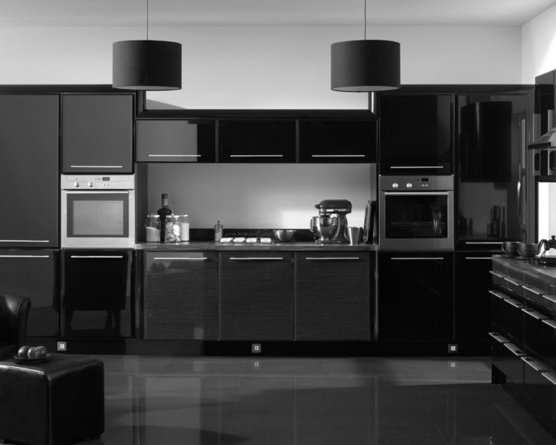 مطبخ أسود 3 1500x1200 أناقة وروعة الأسود في تصميمات مطابخ عصرية وكلاسيكية
