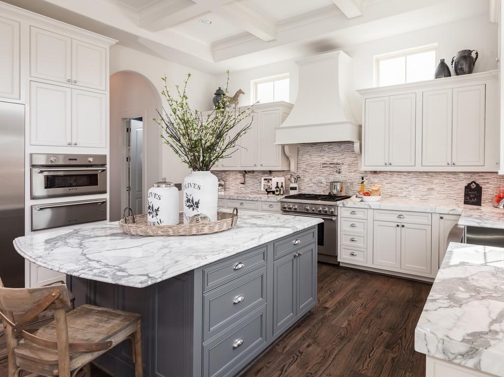 مطبخ بحوائط حجرية 7 الحوائط الحجرية.. لمسة فخامة وتميز في المطبخ