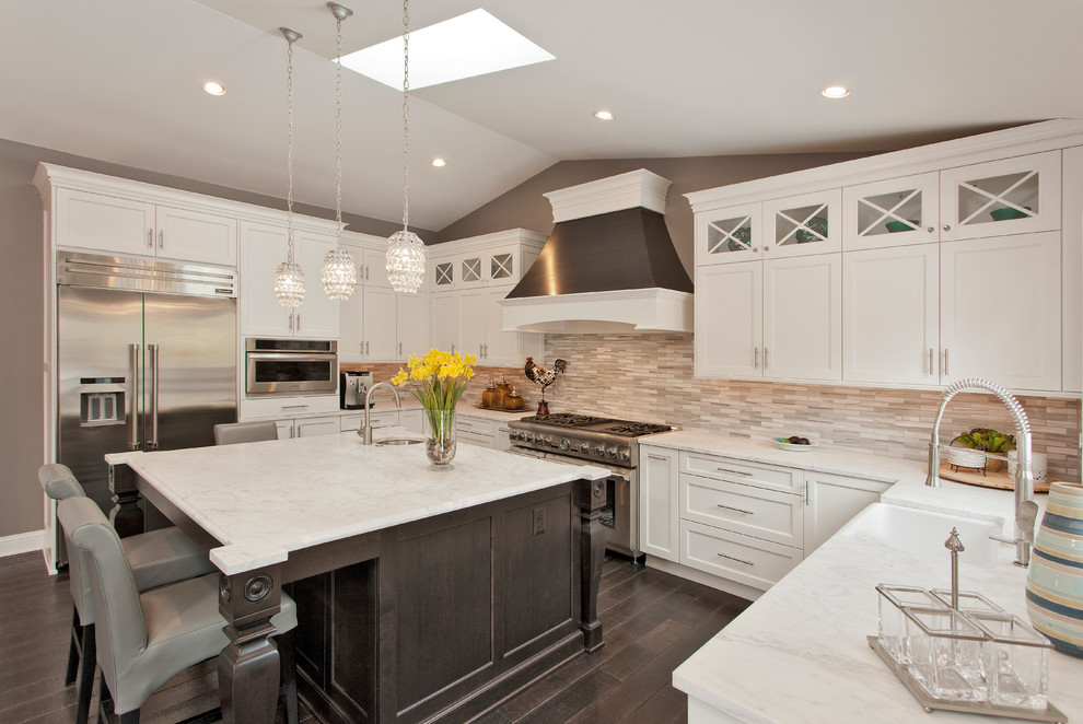 مطبخ بحوائط حجرية 8 الحوائط الحجرية.. لمسة فخامة وتميز في المطبخ